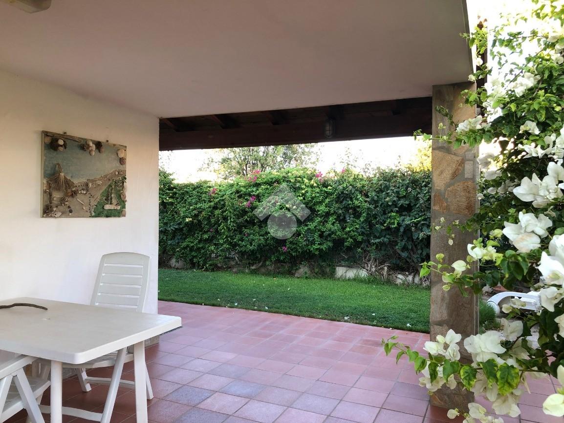 porzione di bifamiliare via giardino azzurro, Villasimius ...