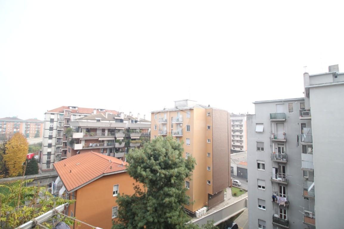 monolocale Via Filippo Baldinucci, Milano - Appartamenti ...