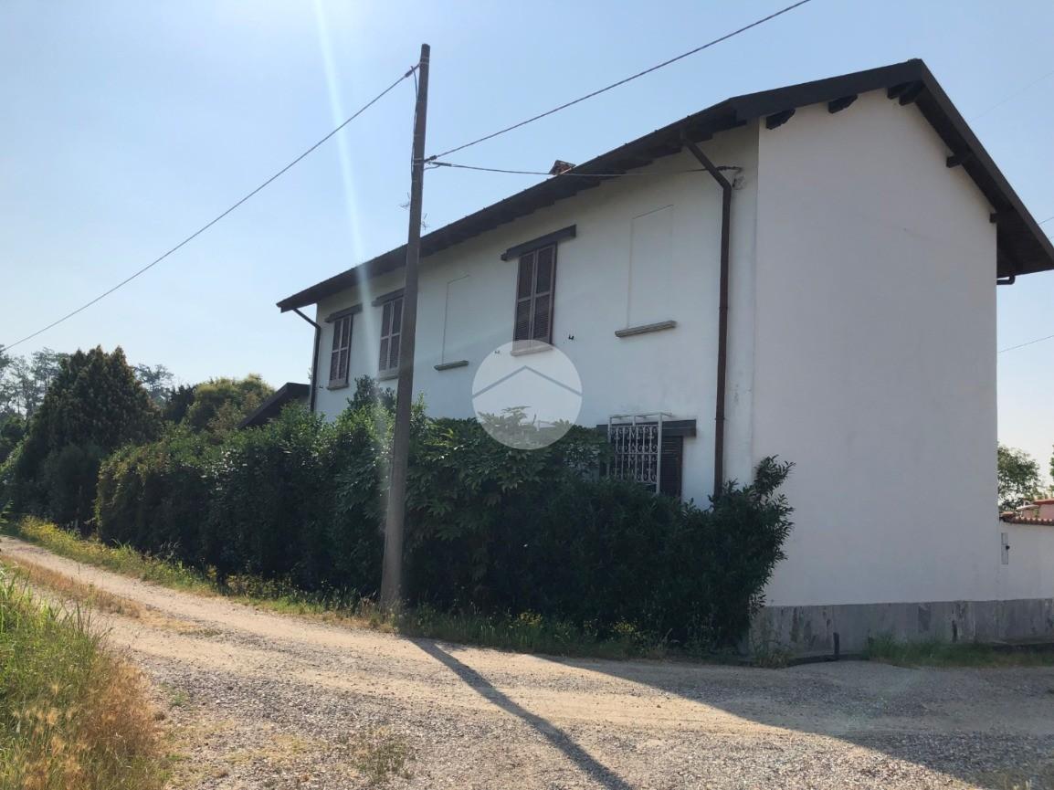 casa indipendente Via Cascina Novella, Corbetta - Rustici ...