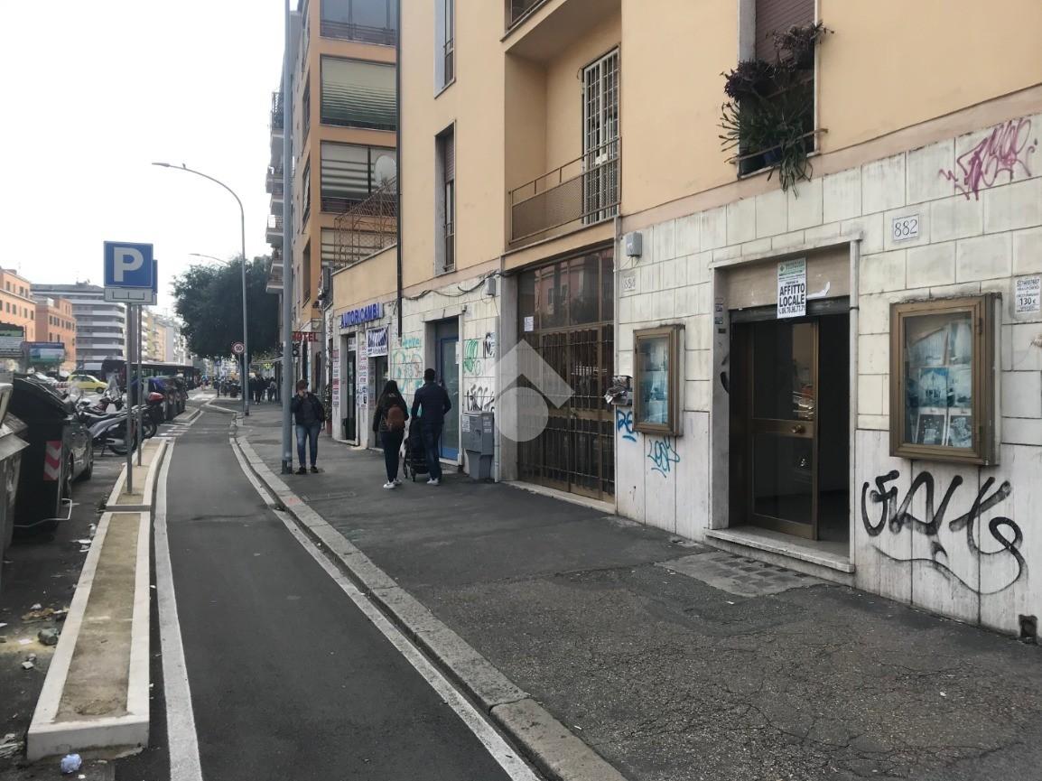 negozio via tuscolana, Roma - Negozio in affitto rif ...