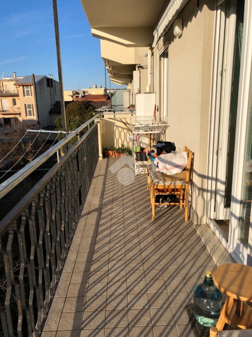 3 locali Via Massimo D'Azeglio, Cattolica - Appartamenti ...