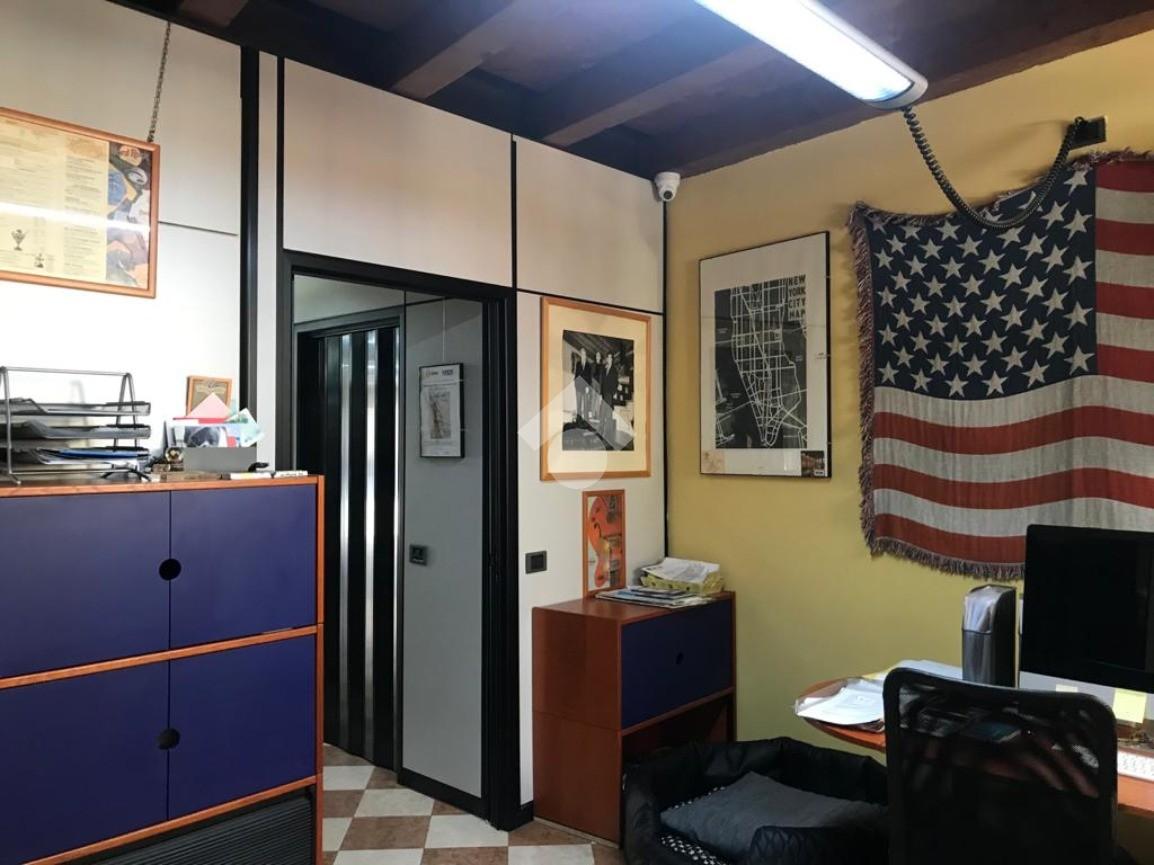 ufficio Interrato dell'Acqua Morta, Verona - Ufficio in ...